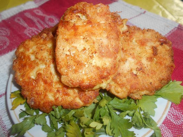 котлеты из куриного фарша рецепт с сыром