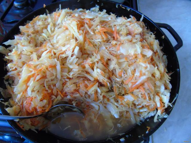 Капуста тушеная с грибами рецепт на сковороде с пошагово