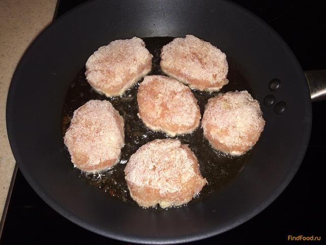 Котлеты из индейки в томатном соусе рецепт с фото 5-го шага