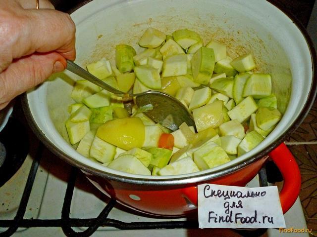 Рагу овощное из кабачков и картошки и капусты