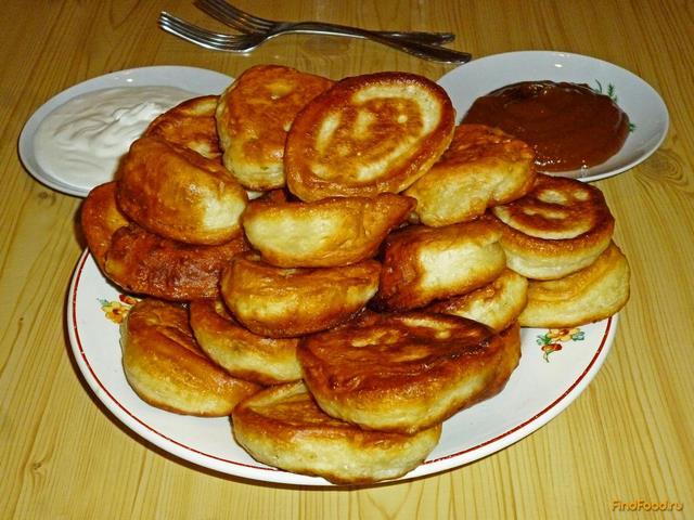 Рецепт пышных оладушек на кефире с фото