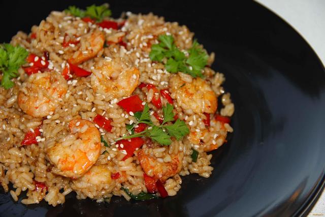 рис с морепродуктами с соевым соусом рецепт