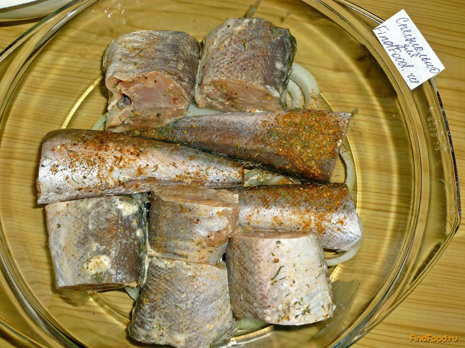 рецепт хека в духовке с луком