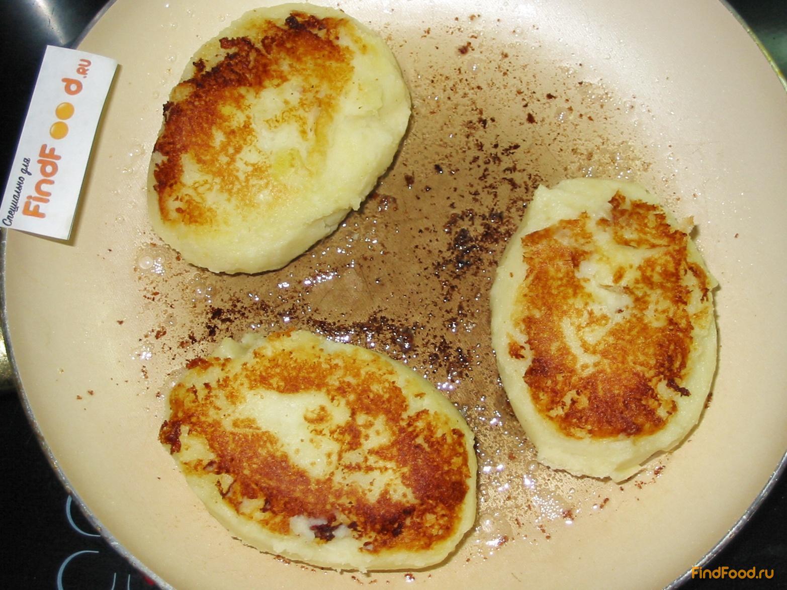 Пирожки из картошки с мясом на сковороде рецепт пошагово