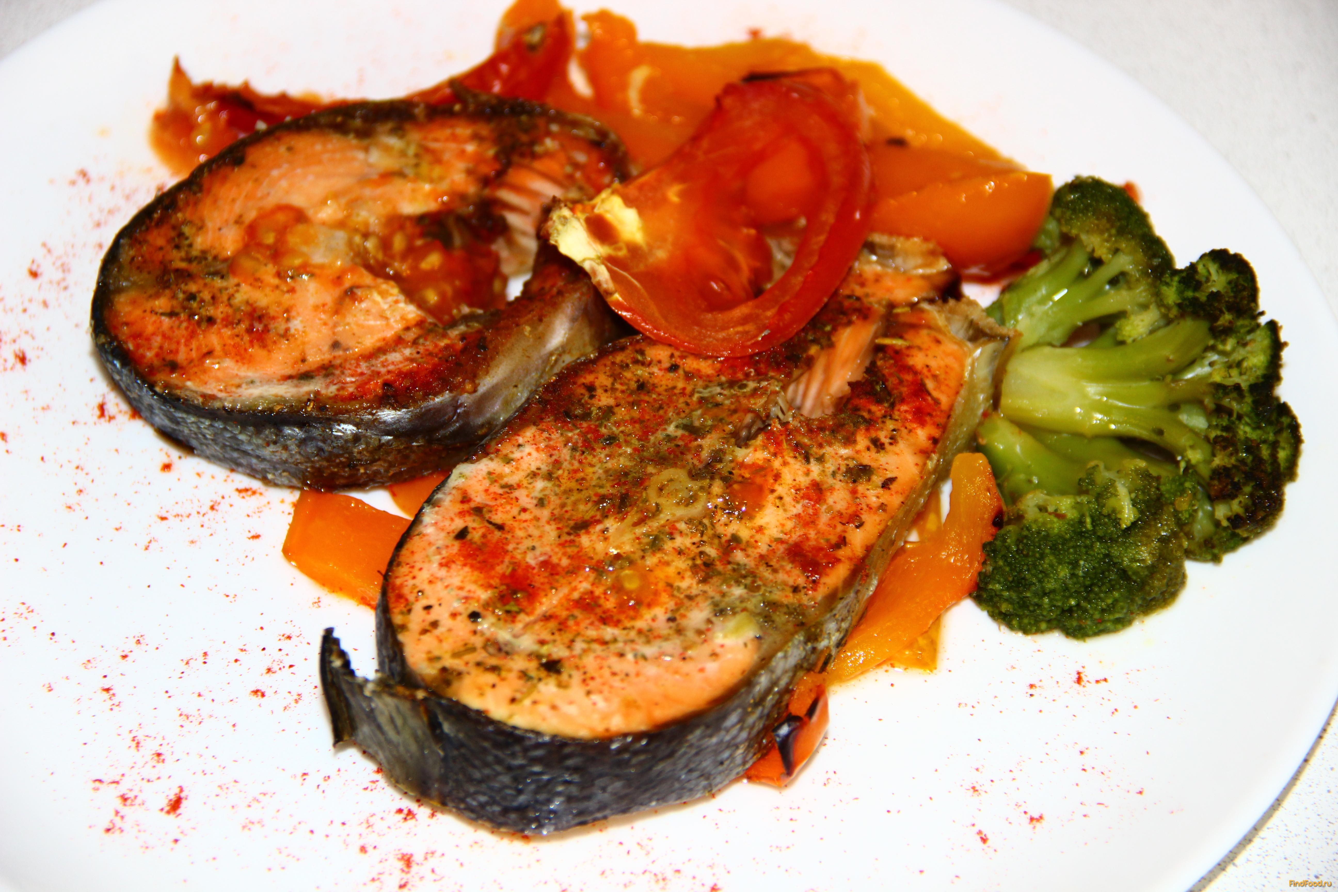 Рецепт тушеной рыбы в духовке