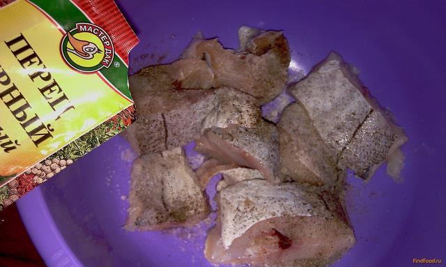 Жареная рыба с золотистой корочкой рецепт с фото 2-го шага