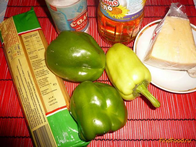 Макароны с болгарским перцем и сыром рецепт с фото 1-го шага