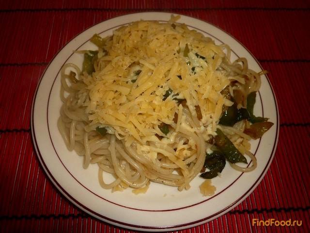 Макароны с болгарским перцем и сыром рецепт с фото 4-го шага