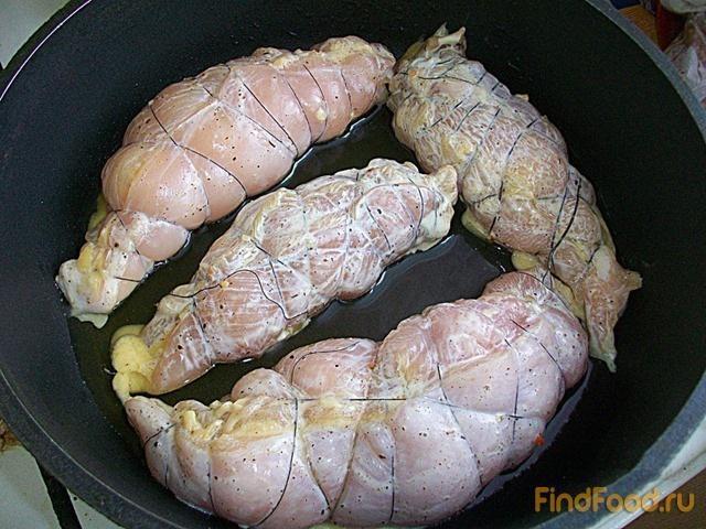 Рулетики куриные с начинкой на сковороде рецепт
