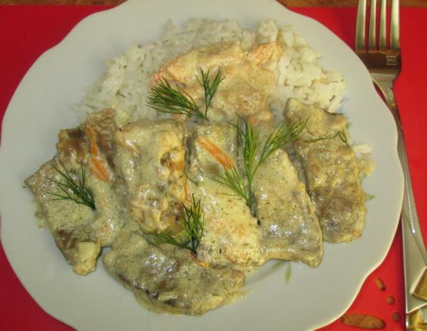 Рецепт Печень в сметанно-чесночном соусе рецепт с фото
