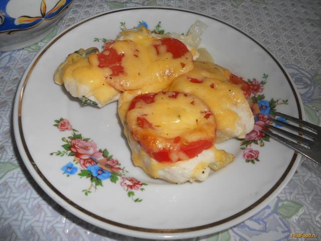 Рецепт Куриная грудка запеченная с помидорами и сыром рецепт с фото