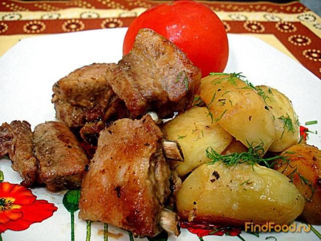Рецепт Свиные ребрышки запеченные с картофелем рецепт с фото