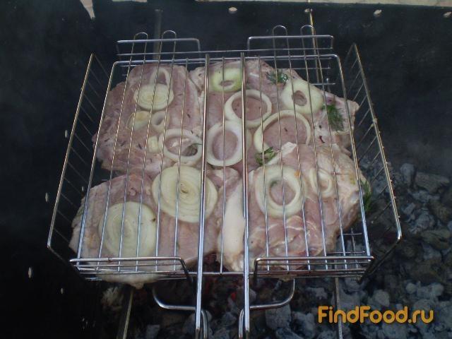 Стейк из свинины на углях рецепт с фото 6-го шага