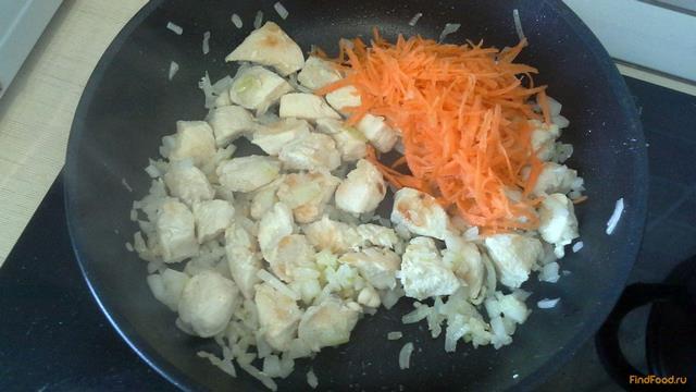 Гуляш из куриной грудки с помидорами рецепт с фото 7-го шага