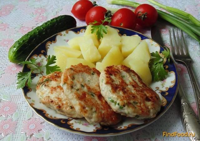 Рецепт Куриные котлеты с сыром и зеленью рецепт с фото