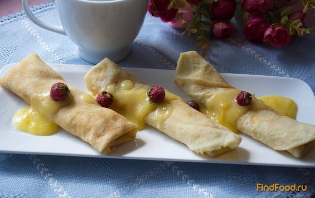 Рецепт Блинчики с лимонным кремом бананами и земляникой рецепт с фото