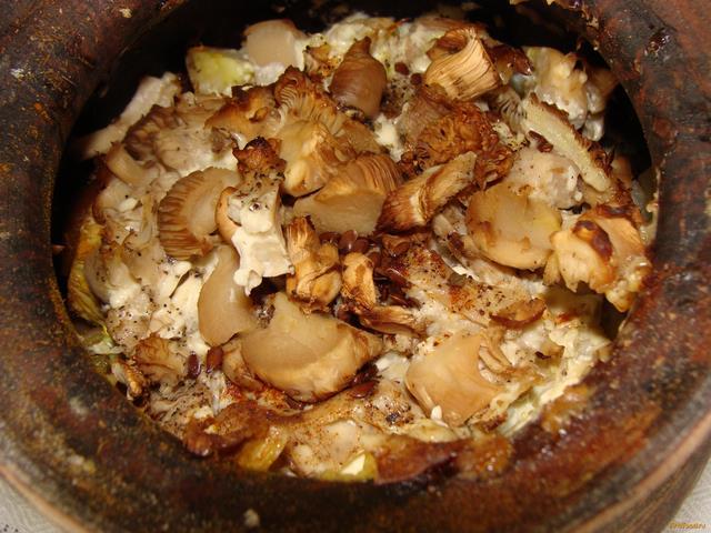 Рецепт Тушеные вешенки в горшочке рецепт с фото