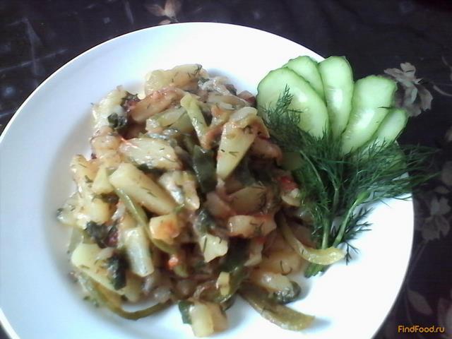 Рецепт Молодой картофель с болгарским пецем и помидорами рецепт с фото