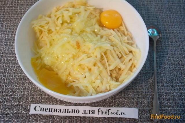 рецепт салата крабовые палочки кукуруза сухарики