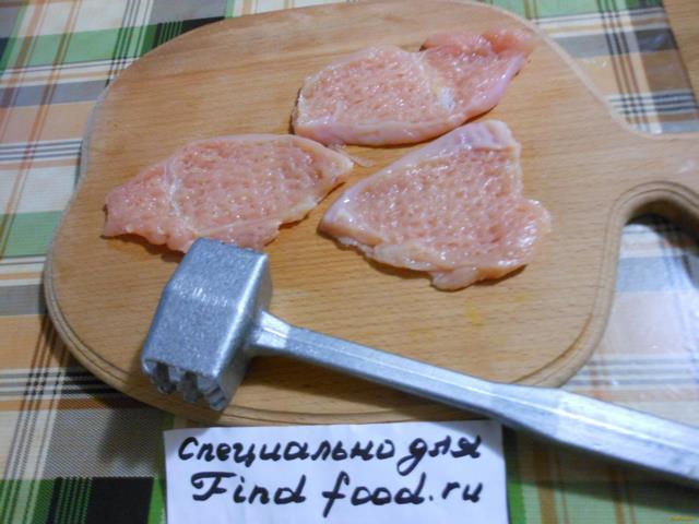 Куриные отбивные с грибами и сыром рецепт с фото 2-го шага