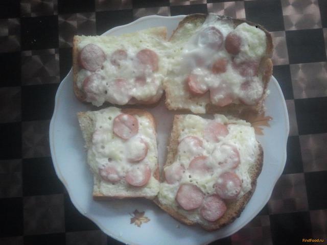 Рецепт Горячие бутерброды с сосисками и с горчицей в микроволновке рецепт с фото
