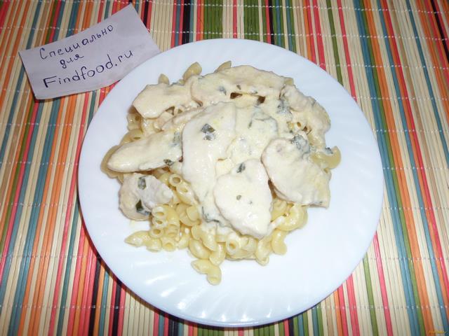 Рецепт Куриное филе в сырно-чесночном соусе рецепт с фото