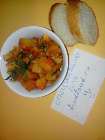 Картофель тушеный с овощами и зеленым горохом рецепт с фото 7-го шага
