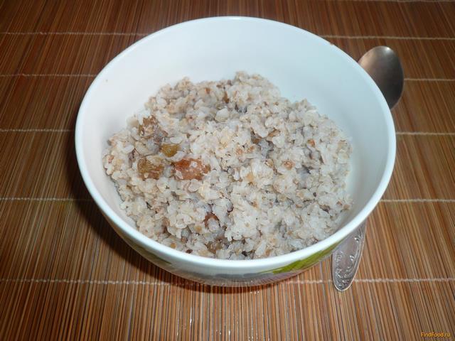 Рецепт Молочная гречневая каша с изюмом рецепт с фото