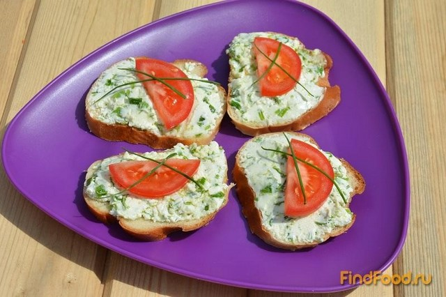 Рецепт Бутерброды с творогом и садовой черемшой рецепт с фото