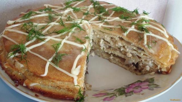 Рецепт Закусочный блинный торт с курицей и грибами рецепт с фото