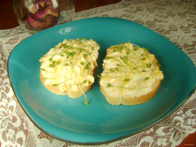 Рецепт Горячие бутерброды с творогом и кресс-салатом рецепт с фото
