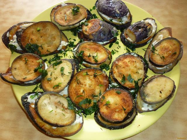 Рецепт Баклажаны с помидорами черри и чесночным соусом рецепт с фото