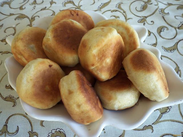 жареные пирожки с капустой и яйцом рецепт