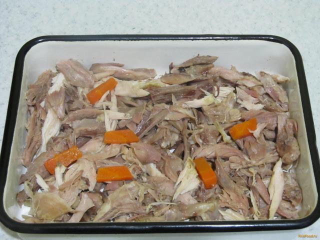 Холодец со свиной рулькой и курицей рецепт с фото 10-го шага