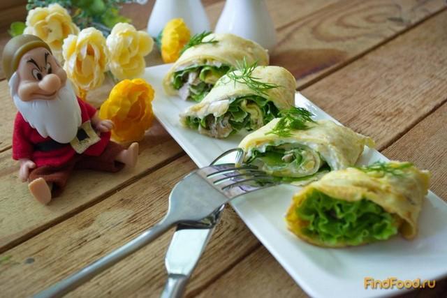 Рецепт Рулет с салатом и куриным мясом рецепт с фото