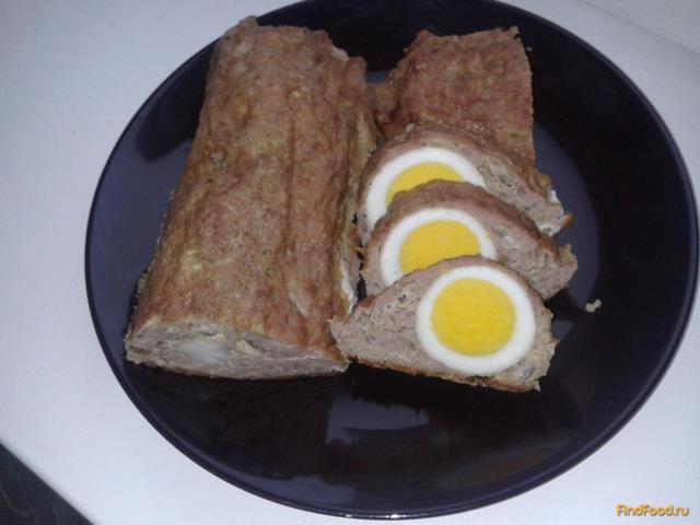 Рулет из фарша с яйцом пошаговый с фото
